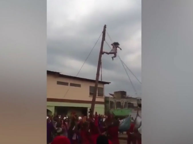 'Jesus' falls off cross during Easter crucifixion show