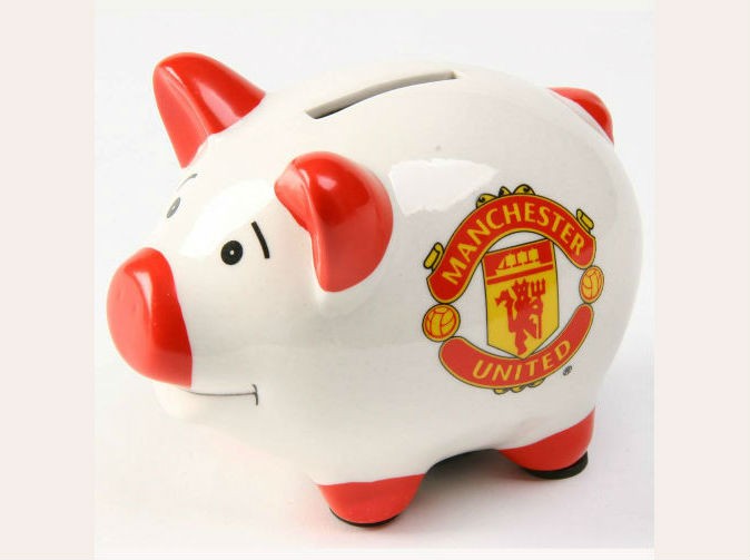 Manchester United stars face wages being slashed by a quarter