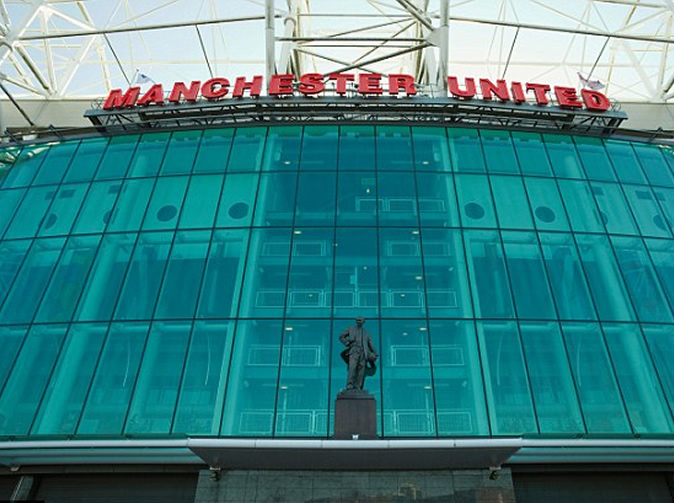 Manchester United players film team-mate having sex in toilet