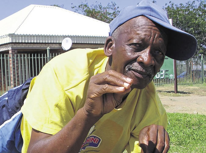 72-year-old man bashes armed thugs