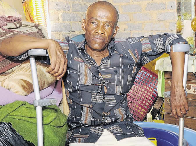 Man moves into shack and leaves house to thieving ghost