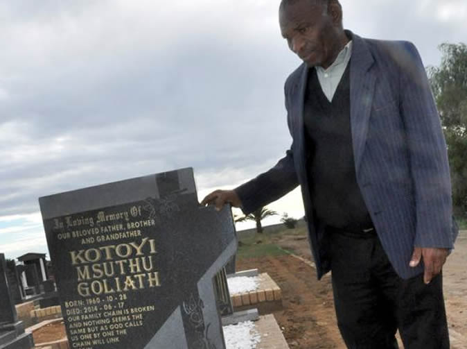Man 'haunts' father-in-law from beyond the grave