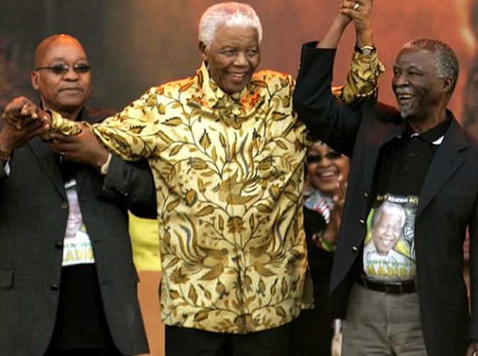 Crowds boo Zuma at Mandela memorial