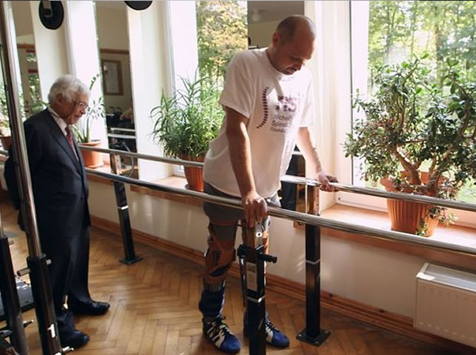 Man 'cured' of paralysis in amazing breakthrough