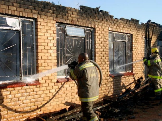 Vengeful man burns down girlfriend's family home