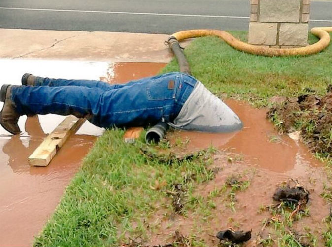 Worker goes above call of duty to fix burst water pipe