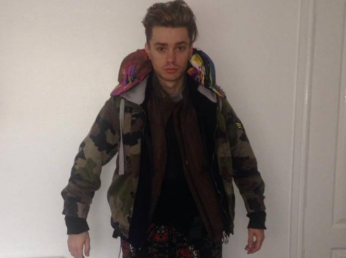 Man passes out on flight after wearing 12 layers of clothes to avoid excess baggage fee