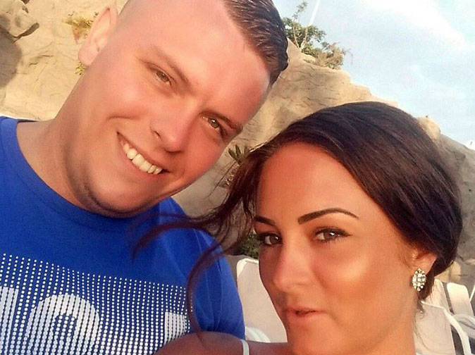 Obsessive woman chases police car helping boyfriend escape her