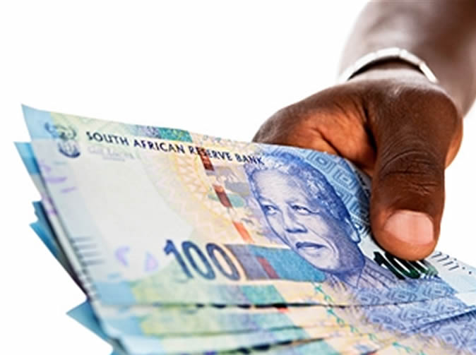 'Prophet' runs off with R100,000 of congregants' money
